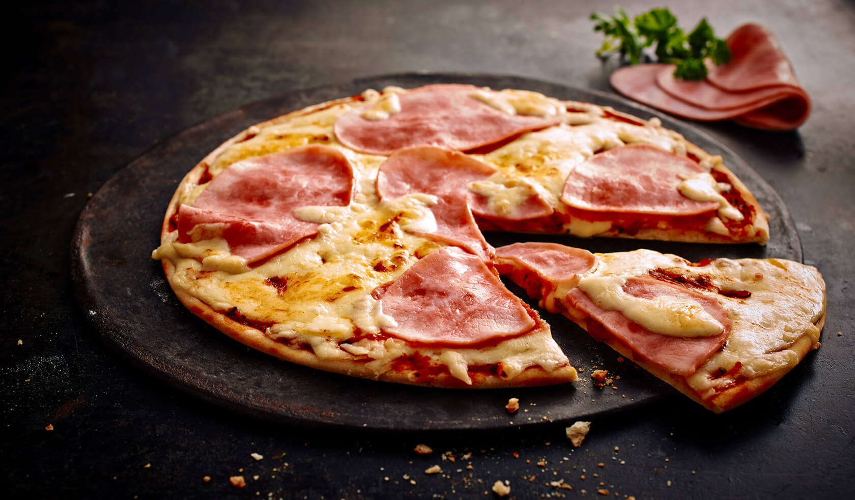 Summer Special Pizza Schinken